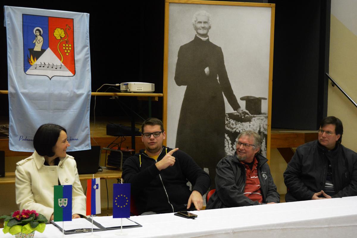tiskovna konferenca_viteznik (3)